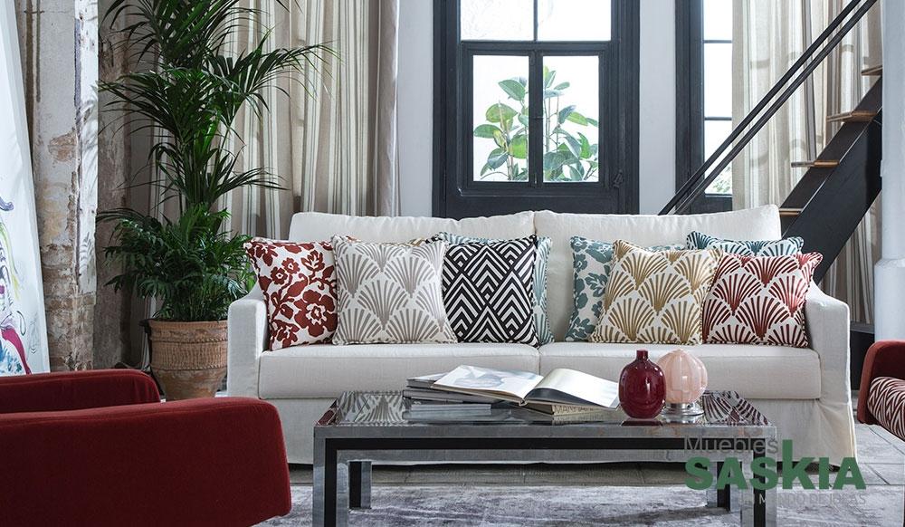 Elegante motivo para tapizar muebles saskia en pamplona for Catalogo de telas para tapizar muebles