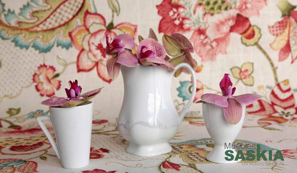 Tela moderna con motivo floral