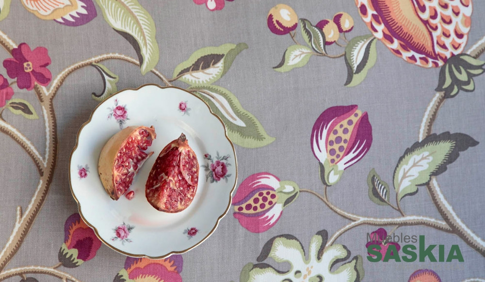 Tela con motivo de frutas, para tapizar