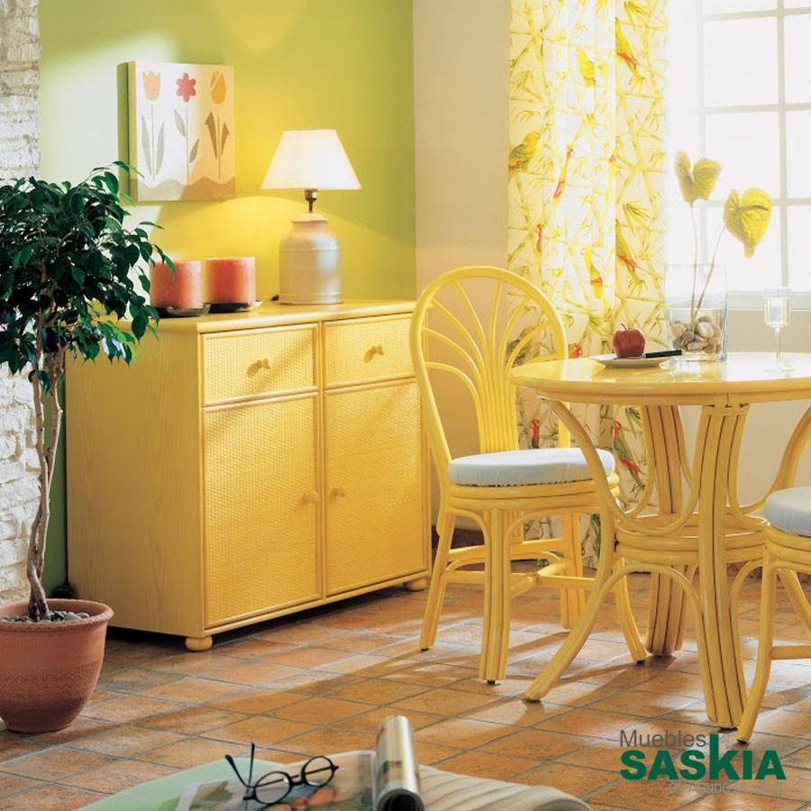 Aparador color amarillo fabricado en rattán, gobernadora