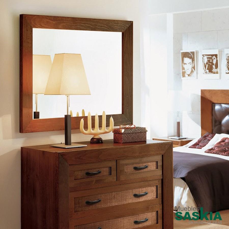 Espejo clásico fabricado en madera
