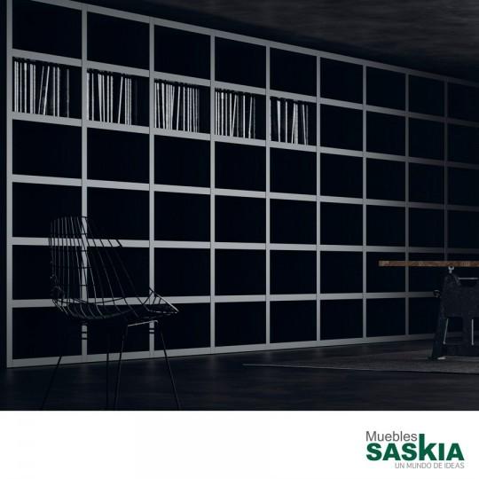 La colección te permite diseñar la estantería que mejor se adapte a tus necesidades, a tu espacio y a tu estilo. No Limits para crear tu propio orden.