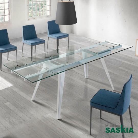 Mesa de comedor extensible de cristal templado y base de acero lacada. Extensible de 160 a 240 centímetros.