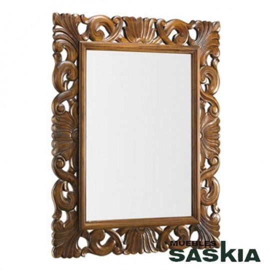 Espejo de estilo Colonial.