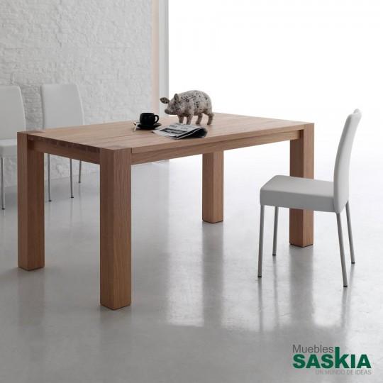 Mesa extensible de madera que se extiende de 1600 a 2500 cm.