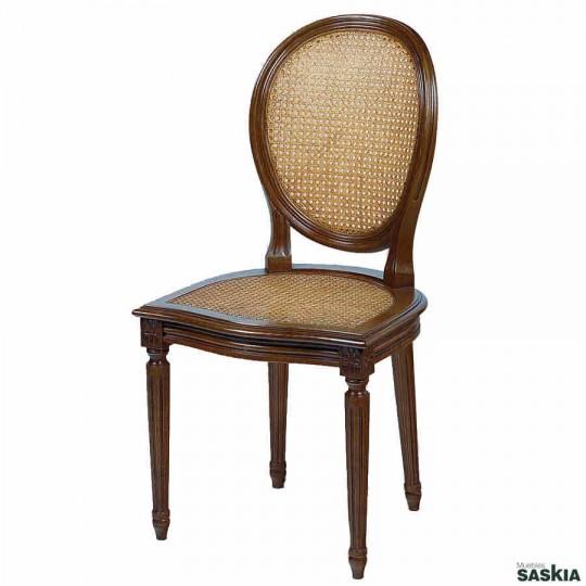 Exquisita silla estilo louis xvi realizada en madera maciza de haya. Acabado tinte nogal.