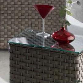 Mesa Rincón Lura Color Olive con cristal