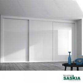 Armario moderno blanco brillo con puerta correderas