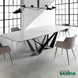 Mesas de comedor comedor muebles saskia en pamplona - Mesas de marmol de comedor ...