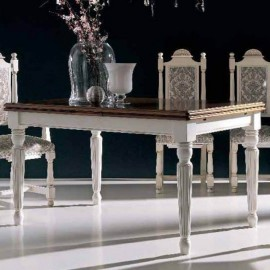 Mesa de comedor clásico