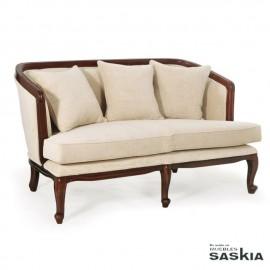 Sofá vintage con cojines