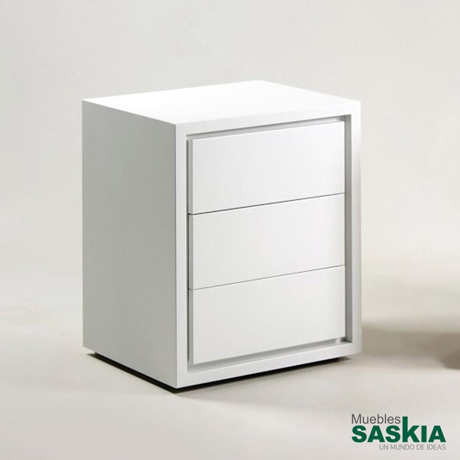 Mesitas de noche dormitorio muebles saskia en pamplona for Mesillas blancas
