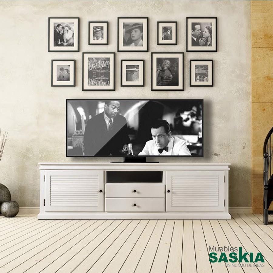 Mueble TV clásico