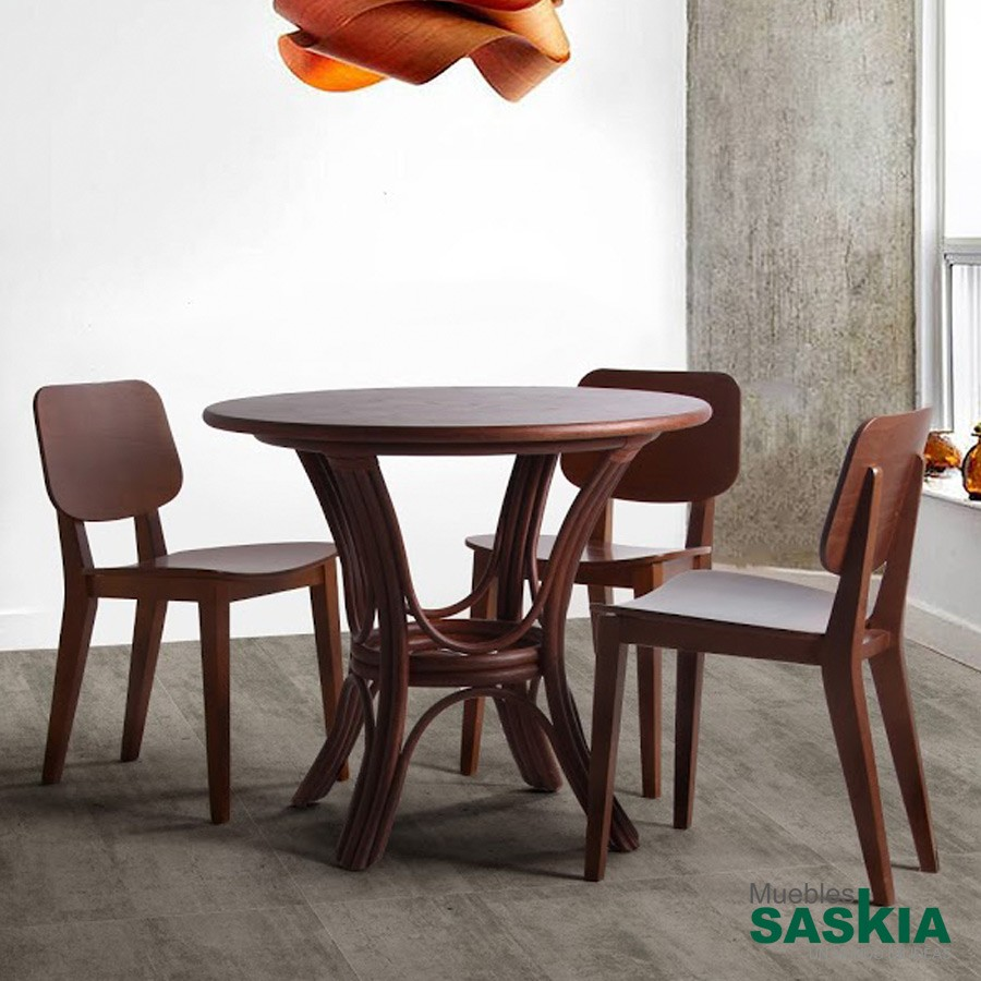 Sillas comedor muebles saskia en pamplona for Sillas de madera para salon