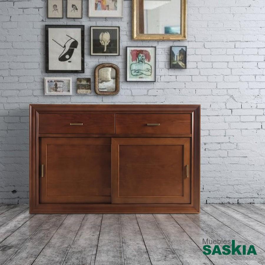 Aparador, puertas de madera